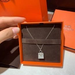 Replica Hermes Necklace