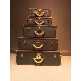 Replica Louis Vuitton Suitcase
