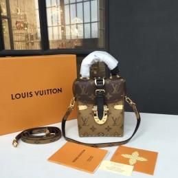 Replica Louis Vuitton Camera Box