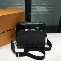 Replica Louis Vuitton Dayton