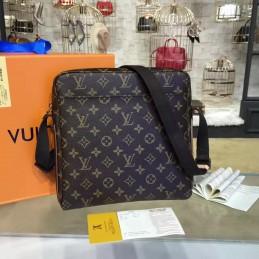Replica Louis Vuitton Trotteur Beaubourg Messenger