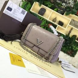 Replica Vuitton Very Chain