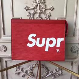Replica Louis Vuitton Pochette Voyage MM Supreme
