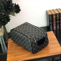 Replica Louis Vuitton King Size Toiletry Bag