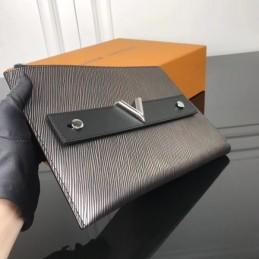Replica Louis Vuitton Clutch