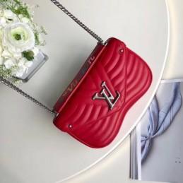 Replica Louis Vuitton New Wave Chain Bag PM
