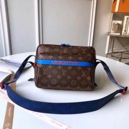Replica Louis Vuitton Outdoor Messenger Catwalk