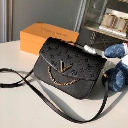 Replica Vuitton Very Messenger