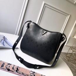 Replica Vuitton Very Hobo Bag