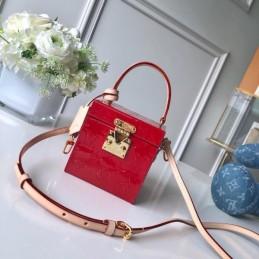 Replica Louis Vuitton Bleecker Box