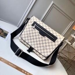 Replica Louis Vuitton Matchpoint Messenger