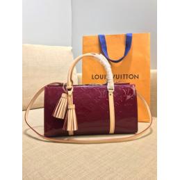 Replica Louis Vuitton Neo Triangle