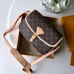 Replica Louis Vuitton Sologne