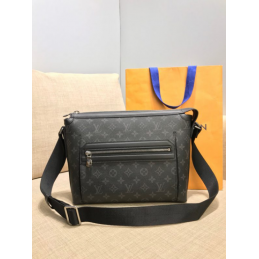 Replica Louis Vuitton Odyssey Messenger PM